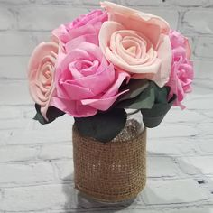 Check out our sale on Sola roses! Here's a cute bouquet with roses dyed two colors of pink, nestled in some eucalyptus and placed in a burlap-wrapped mason jar. What would you create with Sola wood flowers? #solaroses #eucalyptus #springfever #springdecor #happyflowers #homedecor #livingroomdecor #saturday