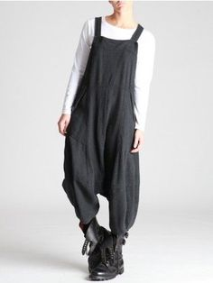 Lurdes Bergada Woolly Thick Cotton Overalls - I'm GETTING these, hell or high water! Love Fashion, Girl Fashion, Fashion Outfits, Womens Fashion, Fashion Design, Kinds Of Clothes, Clothes For Women, Look Boho, Moda Vintage