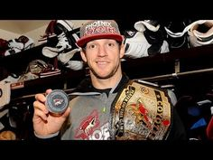 With 0.1 seconds left, Mike Smith scores a goal!!! - Hockey Goalie