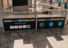 Rediseño de un escaparate en e Carrefour de RepliPhone