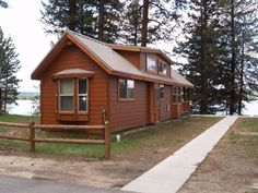 Ponderosa State Park cabins on the lake