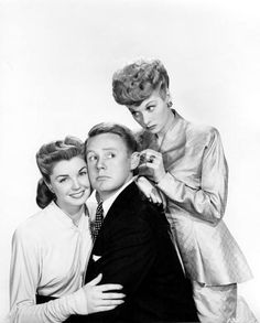 """ESTHER WILLIAMS, VAN JOHNSON AND LUCILLE BALL IN THE MGM COMEDY """"EASY TO WED"""" (1946)"""