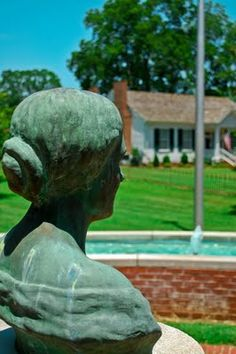 After visiting Florence we drove 7 miles south to Tuscumbia, Alabama - birthplace of Helen Keller. Tuscumbia is a pretty town filled with b. Weekend Trips, Weekend Getaways, Tuscumbia Alabama, The Miracle Worker, Southern Mansions, Visit Florence, Natchez Trace, Helen Keller, Sweet Home Alabama