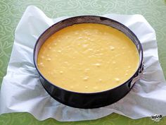 Bizcocho de calabaza Tart Recipes, Cornbread, Ethnic Recipes, Food, Halloween, Flourless Chocolate Cakes, Cake Recipes, Pretty Cakes, Millet Bread