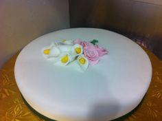 Lilly Cake tiersoflove.com