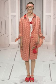 Anya Hindmarch Spring 2018 Ready-to-Wear Collection Photos - Vogue