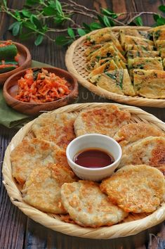 Asian Recipes, Ethnic Recipes, Korean Food, Food Styling, Hummus, Side Dishes, Food And Drink, Healthy Eating, Cooking