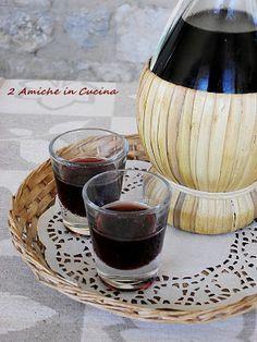 2 Amiche in Cucina: Liquore di Foglie di Visciole