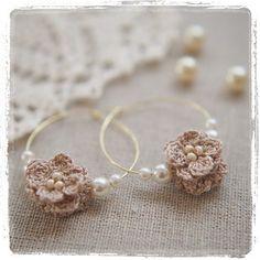 昨日は、「暗殺教室」を14巻までイッキ読みし、なかなかの充実ぶりでしたが…今日は一転…糧をなくしフヌケのようになりました。 #明日からちゃんとしよ #一眼カメラ #accessories #flower #motif #crochet #craft #art #handmade #knitting #かぎ編み #編み #編み物 #ハンドメイド #モチーフ #アクセサリー #pierce #himehimaoriginaldesing #himehima