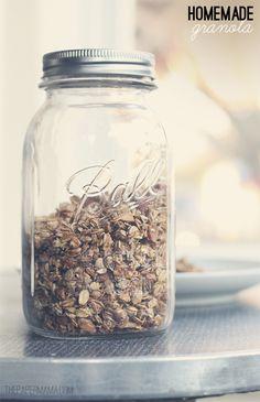 Homemade Granola (no refined sugars) - The Paper Mama