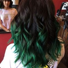 cool Brown to green ombre hair.danazhaircuts nice cool Brown to green ombre hair. Turquoise Hair Ombre, Ombre Hair Color, Green Hair Ombre, Emerald Green Hair, Green Hair Streaks, Green Turquoise, Violet Hair, Dark Green Hair Dye, Teal Ombre