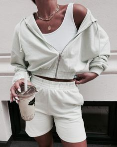Untitled Mode Outfits, Fashion Outfits, Womens Fashion, Style Feminin, Cute Casual Outfits, Look Fashion, 80s Fashion, Winter Fashion, Aesthetic Clothes