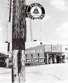 Walker Evans - HIighway Corner, Reedsville, West Virginia (1935)