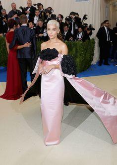 Best Red Carpet Looks From Met Gala 2017 - Celebrity Met Gala Dresses  ZOË KRAVITZ  In custom Oscar de la Renta, Christian Louboutin, and Tacori jewelry.