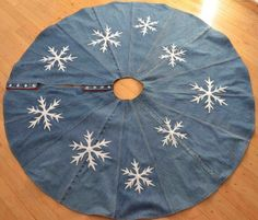 Snowflake And Denim Christmas Tree Skirt By GreendeNimes On Etsy
