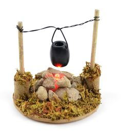 Touch of Nature Miniature Garden Fire Pit and Cooking Pot with LED Light. - Nici Lovelady Touch of Nature Miniature Garden Fire Pit and Co Mini Fairy Garden, Fairy Garden Houses, Gnome Garden, Diy Fairy House, Fairy Crafts, Garden Crafts, Garden Ideas, Garden Fire Pit, Fairy Garden Furniture