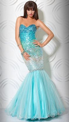 Mermaid Prom Dress. This is so Janelle lol