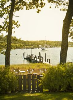 sitting on those chairs looks lovely:) Beautiful Space, Beautiful Pictures, Shelter Island Ny, Peaceful Places, Coastal Homes, Scenery, Vacation, Explore, Long Island