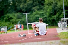What does an Olympic athlete do after the competition? He runs another round to warm down, goes to the sauna or has a massage. Sports scientists have analyzed the effect these activities have on the body. In a joint project, Bochum-based researchers headed by Prof Dr. Alexander Ferrauti and Prof Dr. Michael Kellmann studied the …