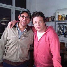 Jamie Oliver e seu amigo brasileiro Santos