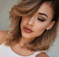 @mirelamua looking so seductive in this simple but sultry 35O Matte palette look. #MorpheGoals all day