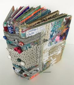 A Fabric junk journal. Great way to use up all kinds of paper and fabric scraps. A Fabric junk journal. Great way to use up all kinds of paper and fabric scraps. Junk Journal, Album Journal, Art Journal Pages, Art Journaling, Art Journal Covers, Bullet Journal, Notebook Covers, Journal Paper, Mini Album Scrapbook