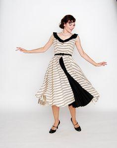 Vintage dress. Love this.