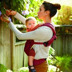 The Best Ways to Carry, Lift and Push Your Baby
