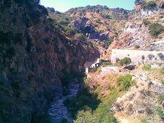 """Antillo (ME) - Le gole scavate dal torrente Agrò all'altezza della località Passo Ranciara e frequentate da appassionati di """"canyoning""""   da Lorenzo Sturiale"""