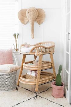 Do It Yourself baby room and also baby room decorating! Lots of baby room decor concepts! Baby Room Boy, Baby Bedroom, Baby Room Decor, Girl Nursery, Nursery Decor, Boho Nursery, Baby Rooms, Nursery Ideas, Vintage Nursery Girl