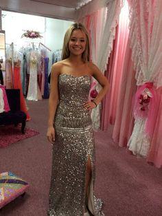 Great choice! Claudia's Closet customer wearing SCALA 47659 Lead. #Prom #Prom2014 www.scalausa.com