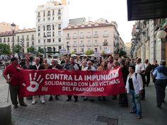 2 de junio de 2011: ...se organiza una manifestación espontánea...