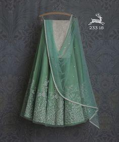 Indian Lehenga, Silk Lehenga, Anarkali, Desi Wedding Dresses, Indian Wedding Outfits, Indian Outfits, Indian Clothes, Lehenga Designs, Indian Attire