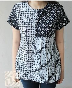Batik Fashion, Boho Fashion, Fashion Dresses, Blouse Batik, Batik Dress, Clothing Patterns, Dress Patterns, Sewing Patterns, Amarillis