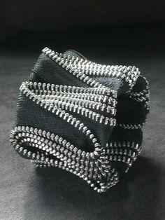 ZigZag Black Zipper Cuff In Silver por ReborneJewelry en Etsy