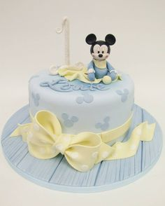 New Cupcakes Disney Mickey Mice Ideas Baby Mickey Mouse Cake, Festa Mickey Baby, Mickey Cakes, Disney Mickey, Baby Birthday Cakes, Mickey Birthday, Cupcakes For Boys, Fun Cupcakes, Pastel Mickey