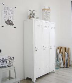 Looking to incorporate old school lockers into my space as a launchpad for my stuff. Any ideas of where to score old school lockers? email me funandedgy@gmail.com