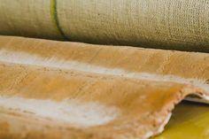 Notícia: Pesquisadores da Universidade Federal do Amazonas (Ufam) estão desenvolvendo o protótipo de uma telha sustentável. Ela é feita principalmente com fibras naturais da Amazônia como a malva e a juta e com uma argamassa que inclui areia resíduos de cerâmica e pouco cimento. by vp.engenharia http://ift.tt/1UdPIrE