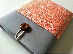 Craft your own iPad sleeve.