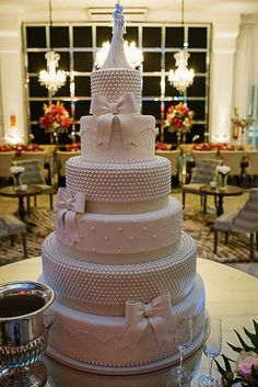 Wedding Cakes More Wedding Cakes Ideas: Wedding Cakes 1 Wedding Cakes 2 Big Wedding Cakes, Amazing Wedding Cakes, Elegant Wedding Cakes, Wedding Cake Designs, Amazing Cakes, Cute Cakes, Pretty Cakes, Fashion Cakes, Wedding Cake Inspiration