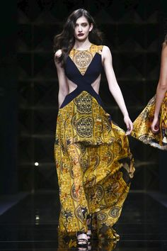 LIVESTREAMING: The Richmond Fashion Show, ready-to-wear collection Fall Winter 2016 runway show in Milan