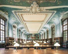 Bibliothèque Interuniversitaire de la Sorbonne, Paris *
