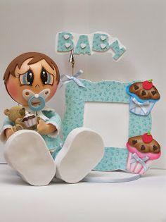 bebé con pota foto cup