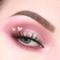 24 beautiful eye makeup looks perfect for summer If you ., # makeup inspo 24 beautiful eye makeup looks perfect for summer If you beautiful eye makeup. Purple Makeup Looks, Glitter Makeup Looks, Glossy Makeup, Pink Makeup, Colorful Makeup, Black Makeup, Peach Makeup Look, Burgundy Makeup, Soft Eye Makeup