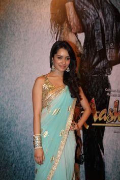 Shraddha kapoor's Turquoise saree : Engagement or reception maybe?