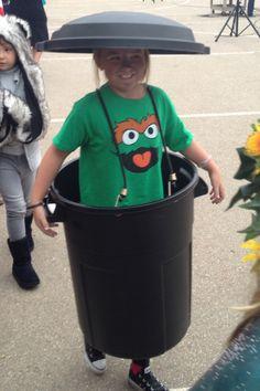 Homemade Halloween, Oscar the grouch costume.