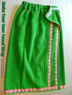 Step-by-step directions with pictures on how to make a towel wrap. Sewing Hacks, Sewing Tutorials, Sewing Crafts, Sewing Projects, Sewing Patterns, Sewing Ideas, Craft Projects, Towel Wrap, Wrap Pattern