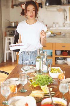 講談社 withオフィシャルサイト | お料理上手の石原さとみ♡ お得意料理&お気に入りの食器