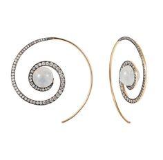 Boucles d'oreilles Spiral Moon de Noor Fares