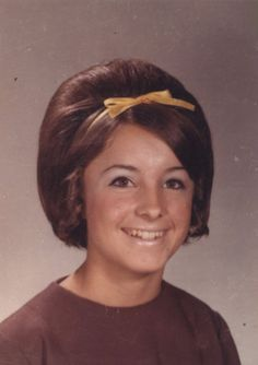 vintage everyday: Vintage American Teen Girls' Hairstyles – Female Students of the High Schools in California from the late 1960s to early 1970s